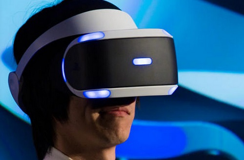 How Virtual Reality Can Bring Happiness To The Poor and Revolutionise Family Life