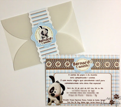 convite artesanal aniversário infantil personalizado festa 1 ano aninho cachorro cachorrinho fazendinha fazenda marrom azul bebê menino envelope papel vegetal delicado scrap scrapbook