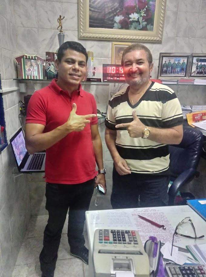 Bons papos e boas conversas: Hoje o presidente do D.C. Macau, Gilmar Cruz, recebe o pré-candidato Lenilson Ramos