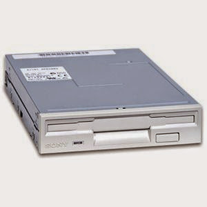 Perangkat Keras FDD(Floppy Disk Drive)