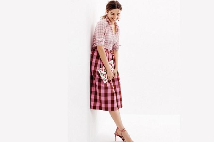 Một chút nổi loạn mix đồ với chân váy áp dụng nhiều phong cách cho cô nàng tuổi teen