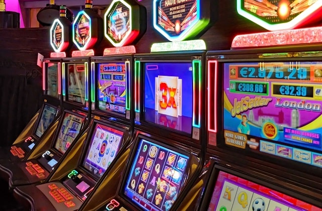 how to win on slot machines casino game tips online casinos slots