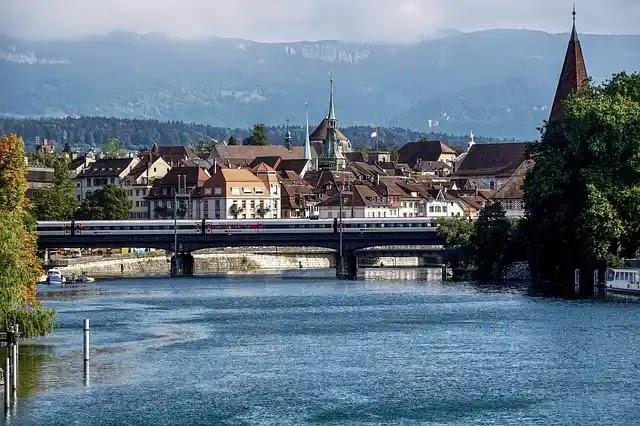تأشيرة سويسرا