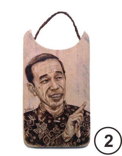 Lukis Pirografi Wajah Presiden Joko Widodo