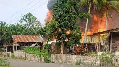 Korsleting, Rumah Warga di Libureng Bone Ludes Terbakar