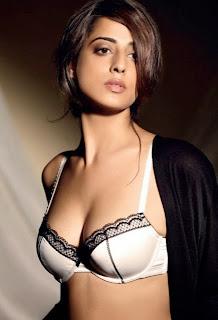 Mahie In Sexy Black And White Bra 2