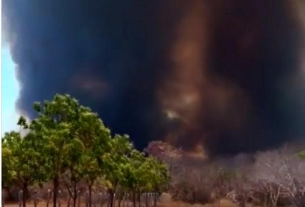 Incêndio de grandes proporções atinge região de divisa entre Paratinga e Boquira