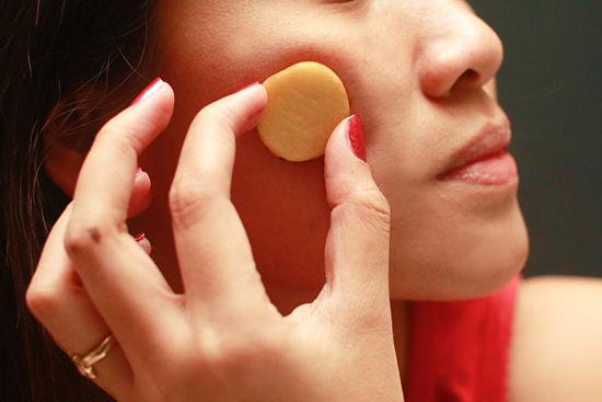 http://1.bp.blogspot.com/-U8hdXaC48j4/UhiZkmkQWhI/AAAAAAAAAJU/-5CZOJMDMqo/s1600/Potatoes+for+Natural+Acne+Cure2.jpg