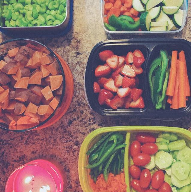 Fruit veggie meal prep