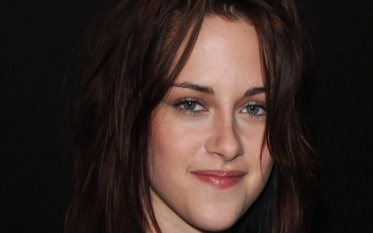 Kristen Stewart Widescreen HD Wallpaper 10