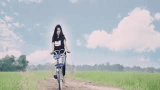 Lirik Lagu Nguyui Godong Lompong - Dewi Kirana