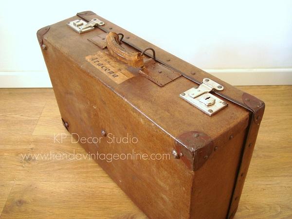 comprar maleta antigua color marrón para decorar