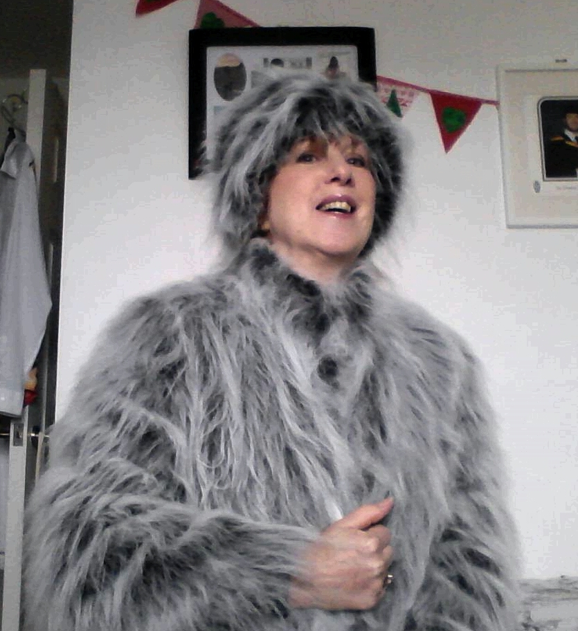 SewAngelicThreads: HOW I MADE MY FAUX FUR HAT AND JACKET A