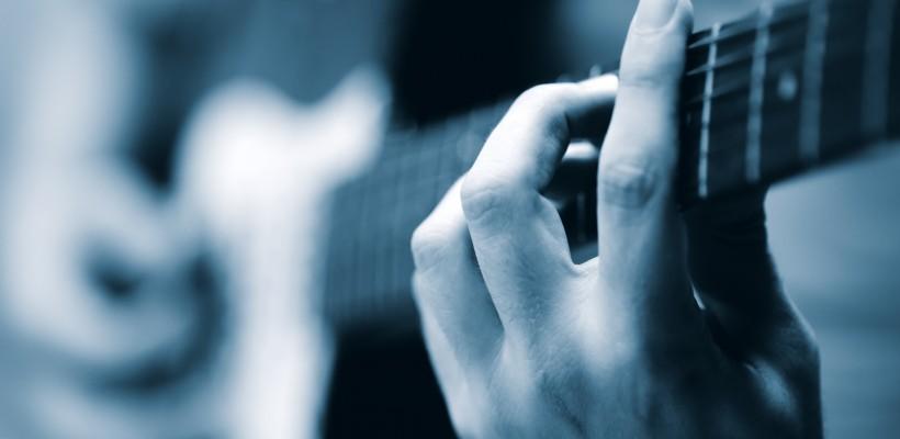 3 mẹo đơn giản giúp bạn học hợp âm nhanh tiến hộ