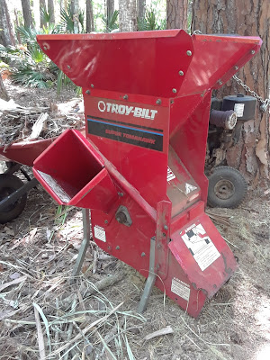 Troy-Bilt Super Tomahawk wood chipper