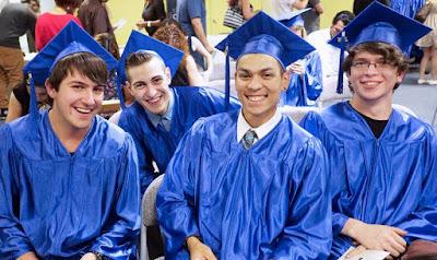 image of 4 Rio Salado HSE Graduates