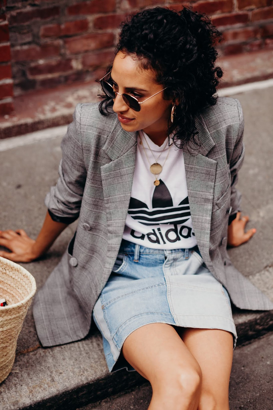 California cool girl style, adidas tee shirt, Arno star mules, gold chain pendant necklaces, big gold hoops, short curly hair, how to style short curly hair, plaid oversized blazer,