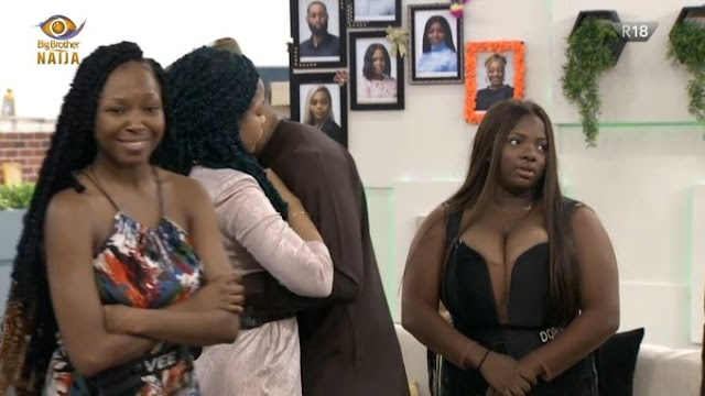 Big Brother Naija: Nengi Burst into tears as Ozo been evicted, Ozo tries to kiss Nengi, Trikytee Evicted