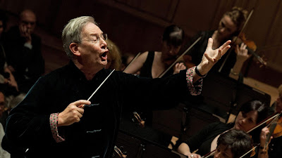 Sir John Eliot Gardiner and the London Symphony Orchestra (Photo LSO)