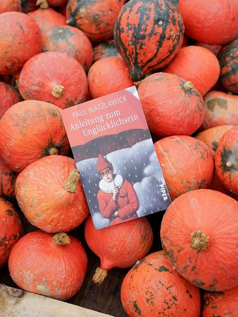 Anleitung zum Unglücklichsein von Paul Watzlawick (Piper Verlag). Rezension auf www.nanawhatelse.at