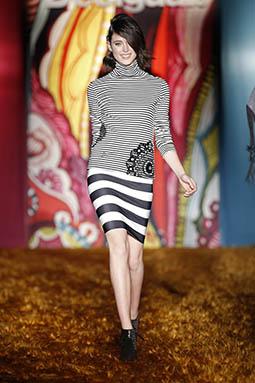 ec6957457 Mujeres y Vestidos de Moda  Desigual  Los 10 Mejores Vestidos Otoño ...