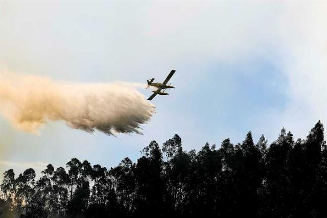 Fogos em Portugal: Desastre terreno e aéreo que custa muitos milhões