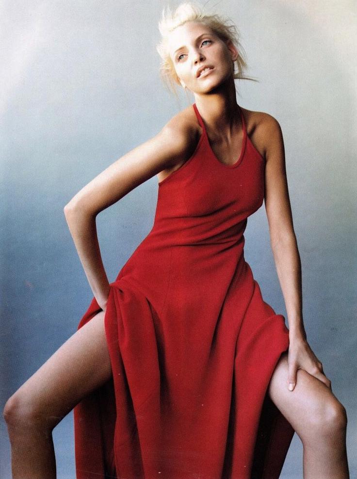 4c207331794 Nadja Auermann by Mario Testino for Harper's Bazaar US December 1993