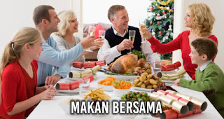 Makan bersama merupakan salah satu kegiatan saat malam Natal