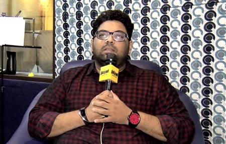 Singer Deepak Talks on Thalapathy Vijay and Thala Ajith