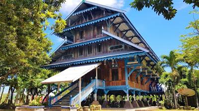 Gambar rumah adat buton dari Sulawesi tenggara