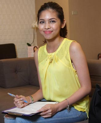 what is yaya dub maine mendoza doing vicki belo hayden kho morato clinic treatment plastic surgery face acne pimples whitening hydra facial stress sa tamang panahon baby endorse billboard picture instagram yellow blouse beautiful hot pretty hand writing natural