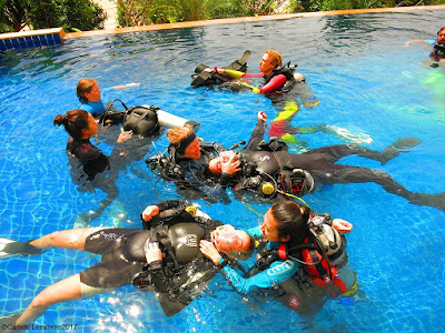 The PADI IDC on Koh Lanta for January 2017 is already passed the half way mark