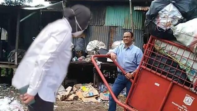 """Ubek-ubek"" Jakarta, Risma Nyungsep dan Anies Menguat"
