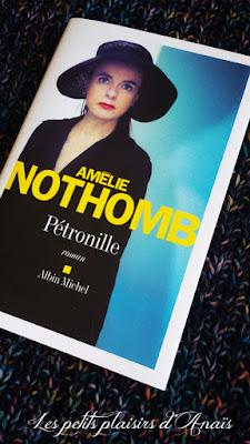 Première de couverture Amélie Nothomb