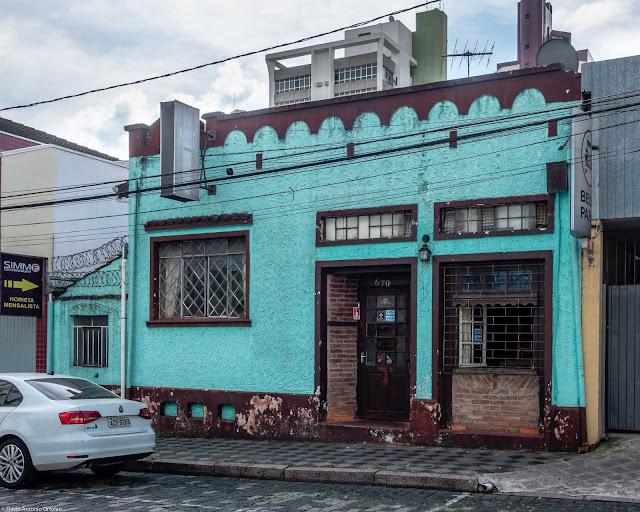 Um bar na Saldanha Marinho