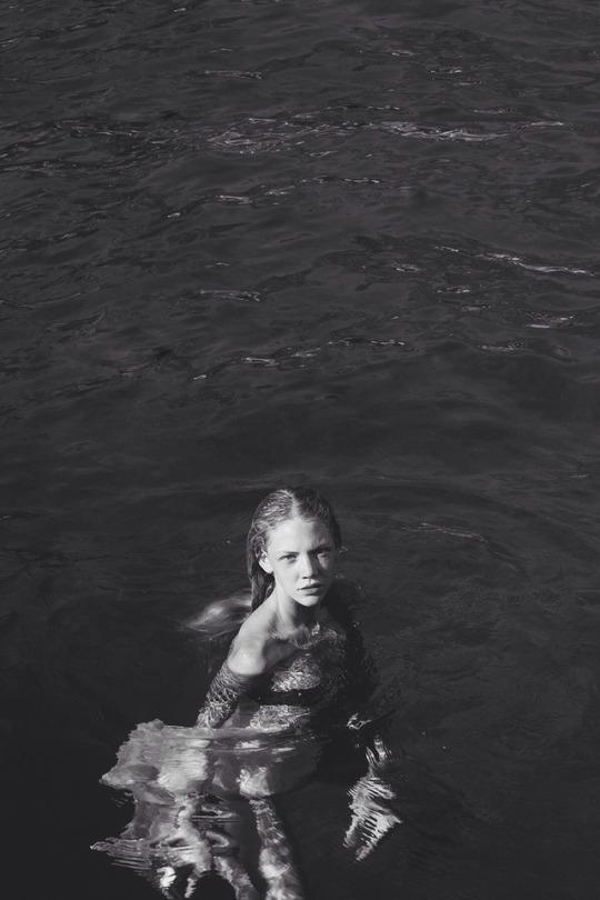 "Ana Niksic in ""Dreamless Dream"" by Mili Malinovic for Fashion Grunge"