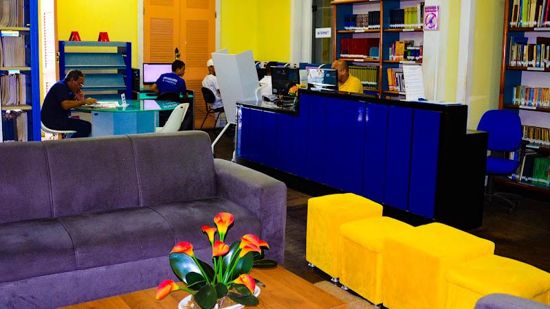 Biblioteca do Sesc reabre com agendamento telefônico para empréstimo de livros