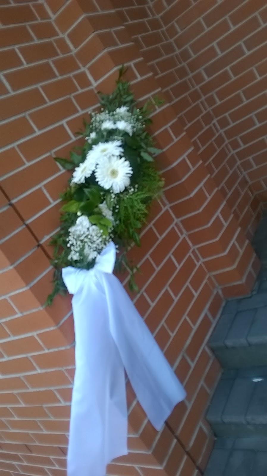 Stílus Esküvőszervezés  Templom díszítése esküvőre beb580cbd9