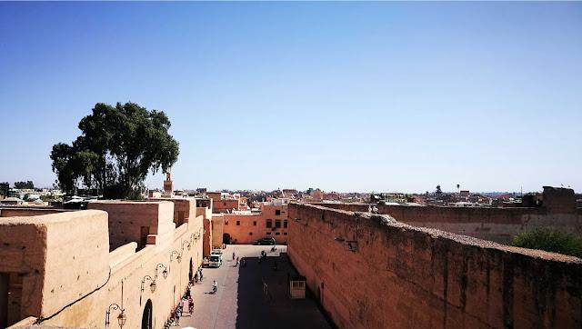 Widok na dachy mediny w Marrakeszu, Maroko