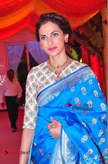 Actress Model Shilpa Reddy Exclusive Stills in Blue Saree at Vijay Karan Aashna Wedding  0025.JPG