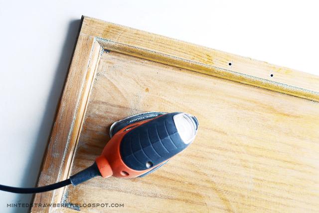 sanding cabinet door