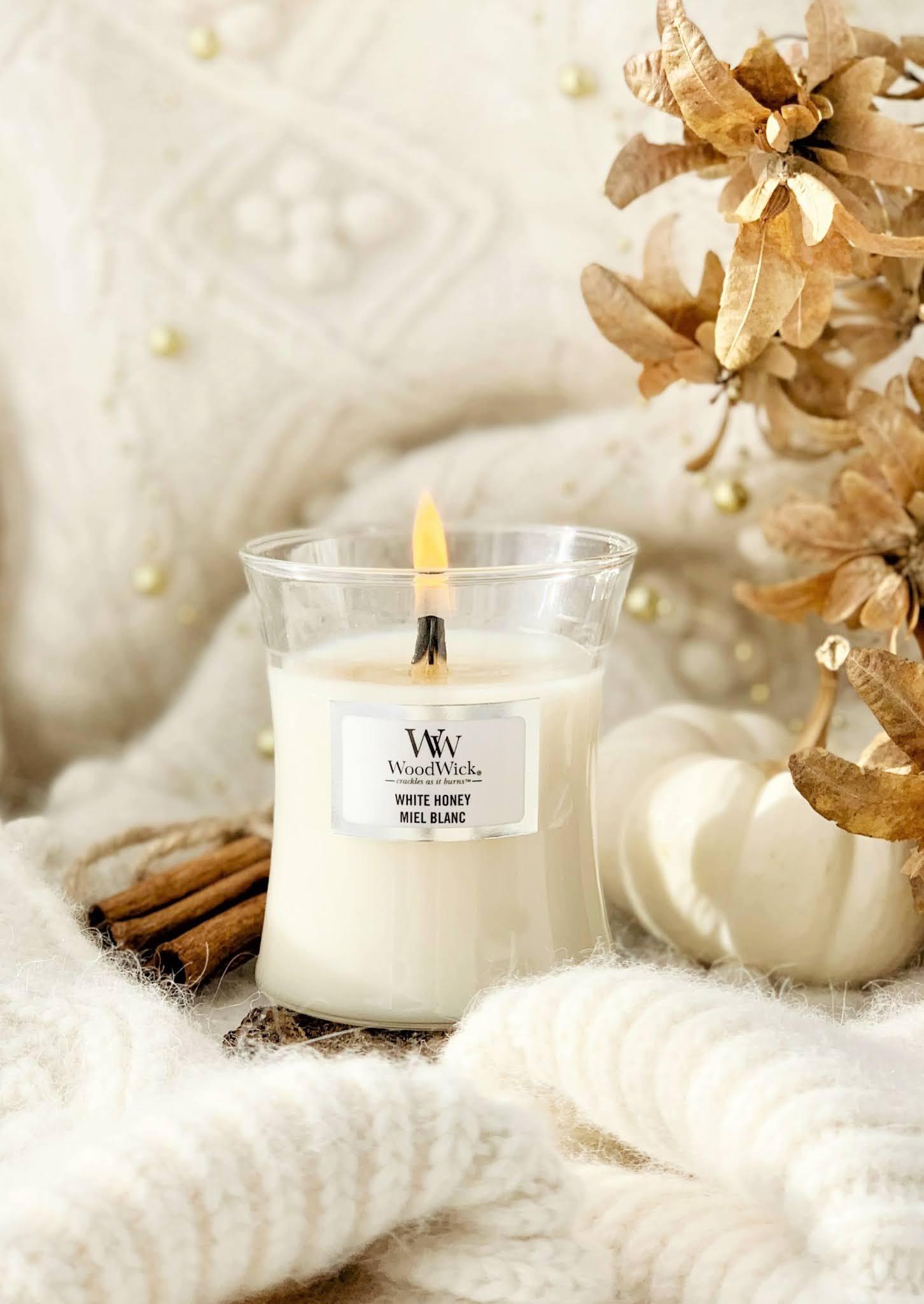 Ulubieńcy listopada: świeca, nude, jedzenie i książki