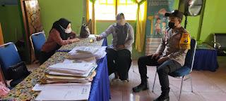 Kontrol Kampung Tangguh, Bhabinkamtibmas Polsek Enrekan Kunjungi Posko Balla Ewako