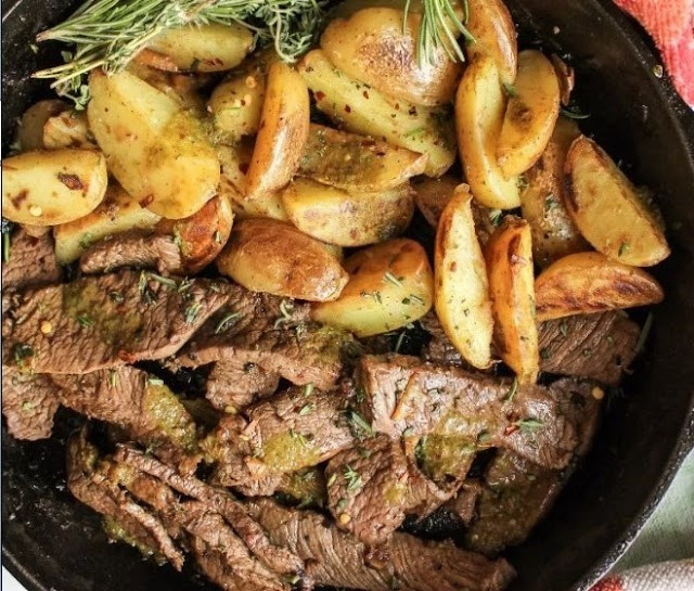 Garlic Butter Steak And Potatoes Skillet #easy #dinner