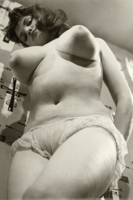 1950 classic big tits 5