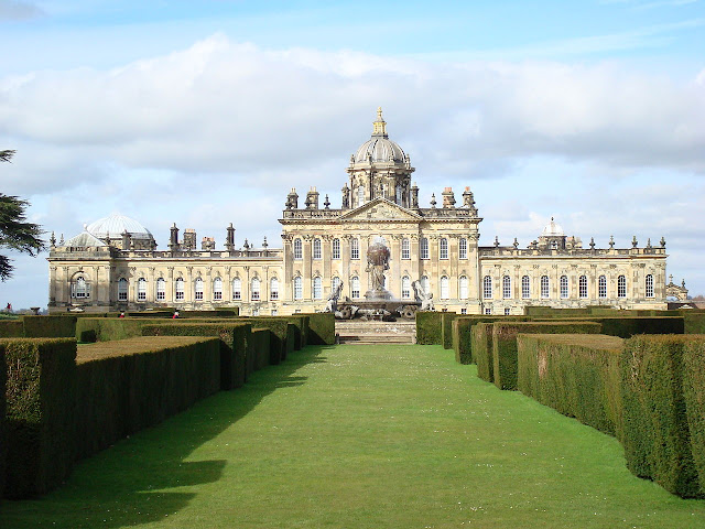 Castle Howard (Photo Pwojdacz, Wikipedia)