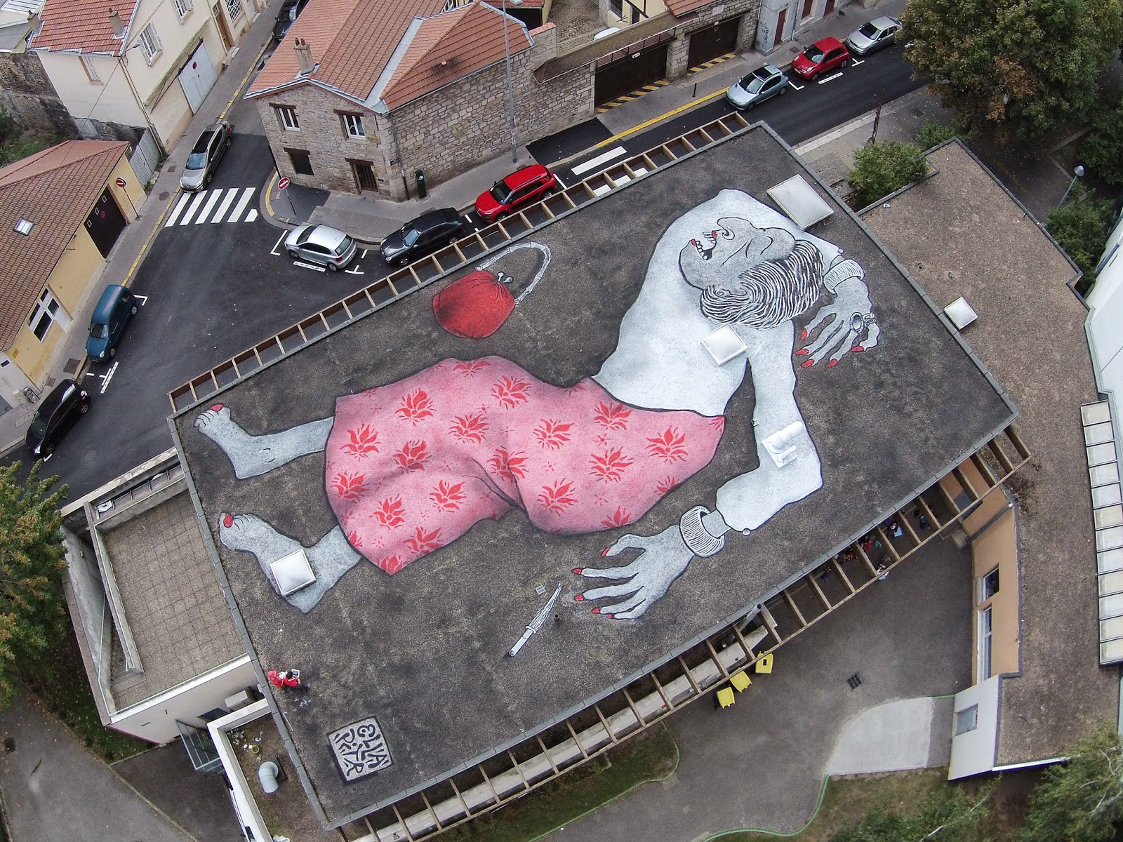 Ella & Pitr are still working around the streets of their hometown, Saint-Etienne in France where they just finished working on yet another giant piece.