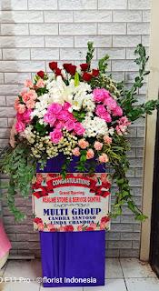 bunga standing selamat dan sukses sidoarjo