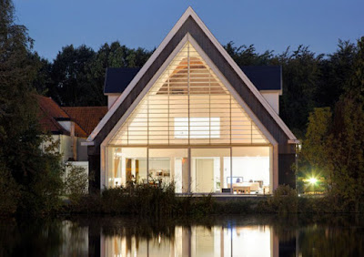 mái nhà hình tam giác