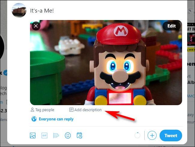 """على موقع Twitter ، انقر فوق """"إضافة وصف"""" أسفل الصورة لإضافة نص بديل."""